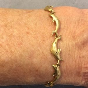 Jewelry - 10k yellow gold dolphin bracelet